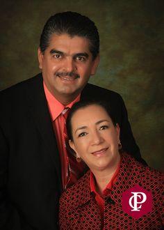 Los ejecutivos de 4Life presentaron orgullosos a los nuevos Diamantes Internacionales Oro Luis Mario y Guadalupe Nevárez de México, el segundo rango más importante de la compañía.