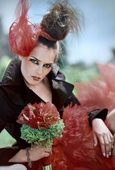 maxmodels.pl Crown, Fashion, Moda, Corona, Fashion Styles, Fashion Illustrations, Crowns, Crown Royal Bags