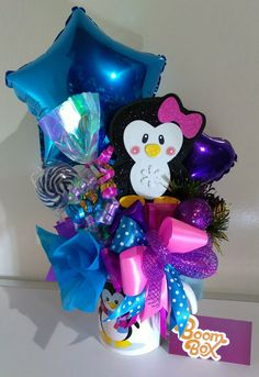 Candy Bouquet, Balloon Bouquet, Valentine Crafts, Valentines, Cute Birthday Ideas, Ideas Para Fiestas, Balloon Decorations, Fundraising, Party Time