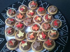 mini vanille herfst muffins met choco marsepein topping