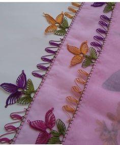 Der Neuen Besten : 38 Easy Needle Lace-modellen waar u dol op zult zijn Baby Knitting Patterns, Helly Hansen, Crochet Cushion Cover, Diy Clutch, Crochet Flower Tutorial, Cross Stitch Tree, Sunflower Tattoo Design, Needle Lace, Moda Emo