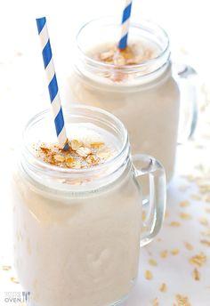 (Skinny!) Oatmeal Cookie Smoothie | gimmesomeoven.com #vegan #glutenfree