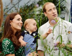 Kate Middleton and Prince William expecting second child.