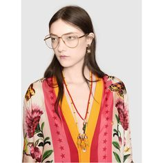 Gucci Gucci Garden Exclusive Reversible Cardigan (€1.765) ❤ liked on Polyvore featuring tops, cardigans, yellow v neck cardigan, floral cardigan, print cardigan, moth cardigan and floral tops