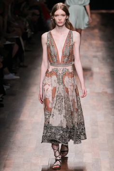 Valentino Spring 2015 Ready-to-Wear - Collection - Gallery - Look 64 - Style.com
