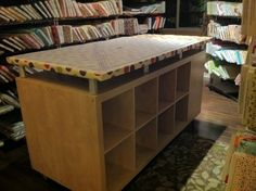@AboveAllFabric's cutting table! This is such a good idea!