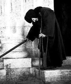 Πώς ή ταπείνωση καλλιεργείται με την προσευχή.