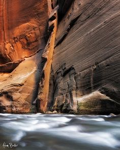 Virgin River Narrows, Zion National Park, United States.