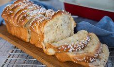 Pull Apart Bread, Fika, Banana Bread, Rolls, Friends, Amigos, Buns, Bread Rolls, Boyfriends