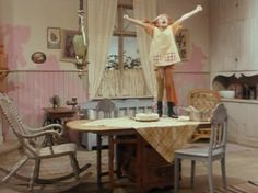 Pippi's singing Happy Birthday for her self Aurora Sky, Pippi Longstocking, Singing Happy Birthday, Barbie Dream House, Never Grow Up, Old Love, Film Books, Childhood Memories, Childrens Books