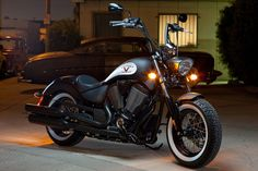 Victory-Motorcycles-High-Ball-Flat-Black-1