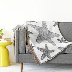 Coastal Nautical Starfish Throw Blanket: http://www.beachblissdesigns.com/2015/08/coastal-starfish-throw-blanket.html