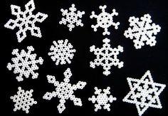 Hama beads snowflake / Snefnug i prinsesseperler