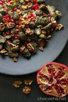 Paahdettuja ruusukaaleja & granaattiomenaa