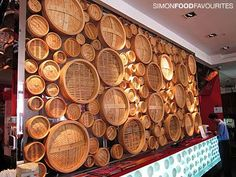 Din Tai Fung feature wall in 2019 Modern Restaurant Design, Restaurant Concept, Cafe Restaurant, Chinese Interior, Interior Modern, Din Tai Fung, Bamboo Design, Restaurant Interior Design, Asian Restaurants
