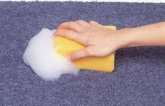 Knowing how to deep clean carpets without a steam cleaner machine comes in handy, especially if you have kids or pets. Try our tips to clean a carpet. Household Cleaning Tips, Car Cleaning, Diy Cleaning Products, Cleaning Solutions, Deep Cleaning, Cleaning Hacks, Cleaning Checklist, Homemade Carpet Cleaning Solution, Cleaning Carpet Stains