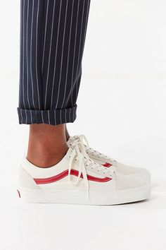 Slide View: 1: Vans Old Skool Suede + Canvas Sneaker