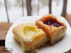 Homemade Czech Kolache Recipe - Julie Measures - - Are you familiar with these fruit filled pastries? Kolaches are a favorite in Texas. Learn how to make your own with this homemade Czech kolache recipe. Kolache Recipe Czech, Sausage Kolache Recipe, Texas Kolache Recipe, Kolache Roll Recipe, Polish Kolache Recipe, Apricot Kolache Recipe, Czech Desserts, Plated Desserts, Sweet And Sour Cabbage