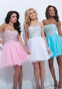 2014 Tony Bowls Short Prom Dress TS11463. Available in Blue, Pink, and White Color. Showcasing a Strapless Sweetheart Neckline. Style TS11463 is ideal for a Short Prom Dress, Winter Formal Dress, and Bat Mitzvah Dress. Add Silver Clutch to hold cell phone and lip gloss. Look for more 2014 Tony Bowls Short Prom Dresses.$318