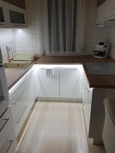 Untitled - Lilly is Love Kitchen Room Design, Modern Kitchen Design, Home Decor Kitchen, Interior Design Kitchen, Kitchen Furniture, Home Kitchens, Furniture Nyc, Luxury Furniture, Small Modern Kitchens
