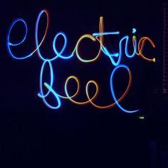 MGMT - Electric Feel (Gespleu Downcast Edit)