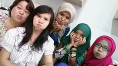 Pipi tembeb in action hehehe Places To Visit, Action, Group Action