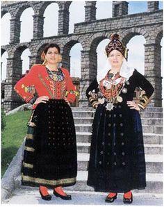Traje tipico regional femenino de Segovia.
