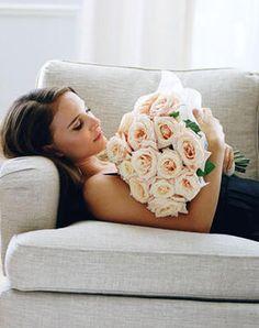 Natalie Portman Miss Dior Cherie by Tim Walker Miss Dior, Wedding Ideias, Tim Walker, Bridal Boudoir, Mannequins, Beautiful People, Beautiful Flowers, Gorgeous Eyes, Fresh Flowers