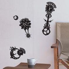 The papercut master: Marcelo Kato