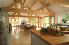 36 Wooden Barn House Designs to Inspire You Barn Kitchen, Open Plan Kitchen, Style At Home, Barn Conversion Interiors, Barn Conversion Kitchen, Oak Framed Extensions, Kitchen Extensions, Barn House Design, Oak Framed Buildings