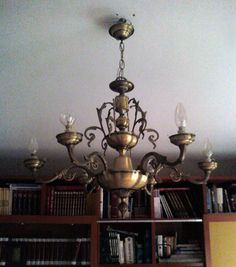 Decora con Idea-Lámpara renovada Vintage Industrial Furniture, Decoration, Chalk Paint, Decorative Accessories, Decoupage, Chandelier, Diy Crafts, Ceiling Lights, Lighting