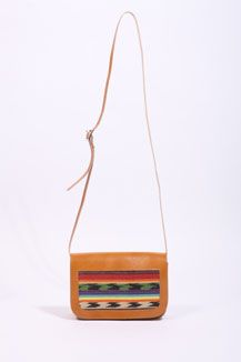 I saw this bag and thought 'I could stitch that panel'.... This is a reminder to myself to actually try!