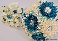 Sand and Sea Dahlia with Matching Bridesmaid Bouquet #bridal #bouquet
