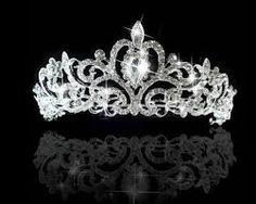 Wedding bridal princess Austrian crystal prom tiara crown veil headband, make you feeling in fairy tale! Elegant style hair Tiara make you more charming and attractive. Silver Tiara, Silver Headband, Crystal Headband, Crown Headband, Crystal Rhinestone, Crystal Crown, Bride Headband, Hair Crown, Headband Hair