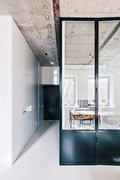 Galeria de Apartamento Branco e Preto / Crosby Studios - 10