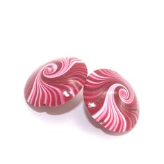 #ShuliDesigns #fimo #handmade_beads #clay #beads #Ombre #spiral #Shuli Polymer clay swirl beads in red pink and white by ShuliDesigns