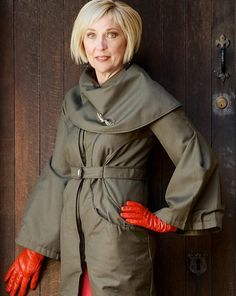 Superb Green Coat Size: 10 Model: Janice Bryant Photography: PixBeat Photo