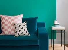 Canapé Bleu Canard Et Peinture Verte Sarah Lavoine