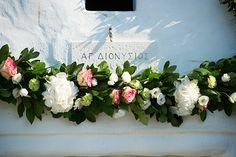 Greek wedding flowers. Photography by www.vangelisphotography.com