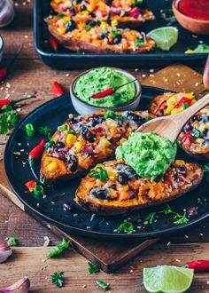 These loaded Mexican Sweet Potato Skins are stuffed with black beans, corn, pepper and topped with vegan cheese. Serve with homemade avocado aioli for a tasty, easy and healthy dinner! This post contains step-by-step pictures. Crispy Sweet Potato, Sweet Potato Skins, Loaded Sweet Potato, Easy Dinner Recipies, Mexican Sweet Potatoes, Sweet Potato Quesadilla, Mediterranean Diet Meal Plan, Potato Bar, Vegan Cheese Sauce