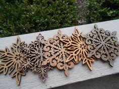 Set of 5 Snowflake Coasters, Laser Cut Wood. Winter, Christmas Decor, Gift, Mom, Dad, Unique.