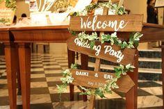 結婚式のウェルカムサインをアンティークな色合いでナチュラルに手作り in 2020 Table Decorations, Holiday Decor, Party, Handmade, Wedding, Future, Space, Home Decor, Wedding Decoration