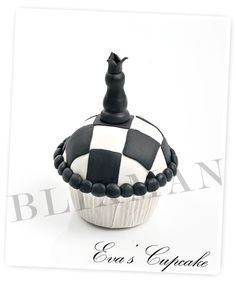 Chess Cupcake
