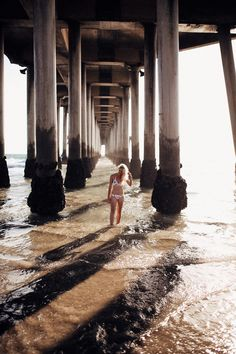 our guide to the best Southern California beaches in Orange County 🌊✨ Explore turquoise tide pools in Laguna Beach California, catch a picture-perfect California sunset in Newport California, or live out your surfer dreams in Huntington Beach California. I'm sharing all the best beaches in California and some hidden gems that are some of Orange County's best kept secrets ✨ #visitcalifornia #orangecounty #bestbeaches California Travel Guide, Southern California Beaches, California Sunset, Visit California, California Restaurants, Orange County Beaches, Victoria Beach, Huntington Beach California, Hidden Beach
