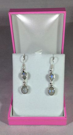 Rainbow moonstone. Moonstone earrings. Sterling silver. Moonstone jewelry. Moonstone jewellery. Earrings. Dangle earrings. Drop earrings