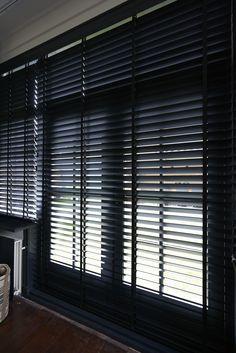 RTLWM Voorjaar 2015 afl.3 Jaloezieën Harmony mat zwart van Veneta. De beste kwaliteit raamdecoratie, tot wel 40%  goedkoper dan bij de speciaalzaak! Veneta maakt al meer dan 40 jaar raamdecoratie en nu kunt ook u direct bij de fabriek kopen. http://www.veneta.com/tv/