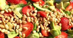 Black Eyed Peas, Pasta Salad, Avocado, Ethnic Recipes, Salad, Strawberries, Crab Pasta Salad, Lawyer, Macaroni Salad