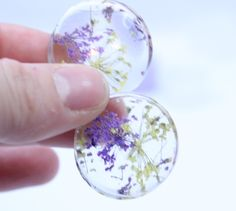 How to make Dried Flower Ear Plug/Tunnels with Silicone Molds and Resin