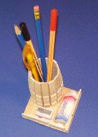 Stifthalter aus Wäscheklammern basteln