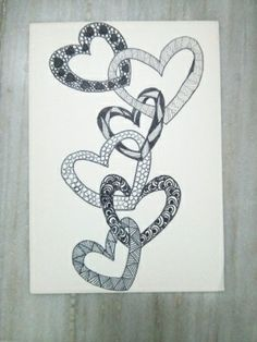 Love the doodles that everyone is calling zentangle now! They will always be doodles to me! Tangle Doodle, Tangle Art, Zen Doodle, Doodle Art, Zentangle Drawings, Doodles Zentangles, Doodle Drawings, Drawings Of Hearts, Doodle Patterns
